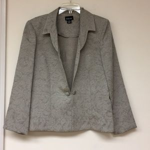 Leslie Fay Blazer Size 14 Like New Condition